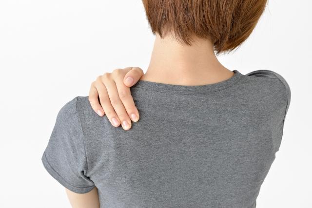 首・肩・腰が痛む整体症例