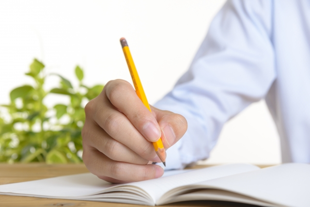 書けい(書痙)の整体症例